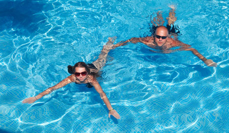 Cottage with a swimming pool sleeps 2 holiday cottages for two with a pool for Holiday lets with swimming pools